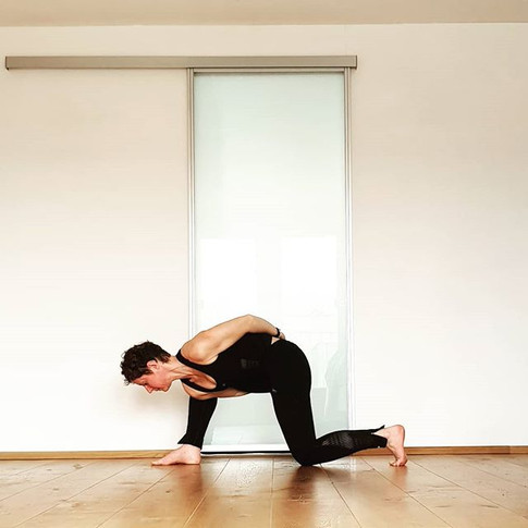 Yoga pose bound lunge