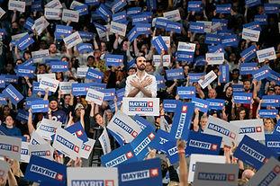 Populismo 06 - Bernie Carteles.JPG.JPG