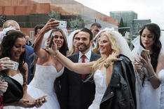 Selfies with Russian Brides, 2017