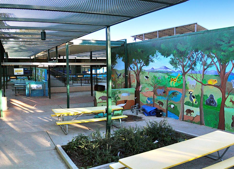 Malibu Elementary Lunch Courtyard