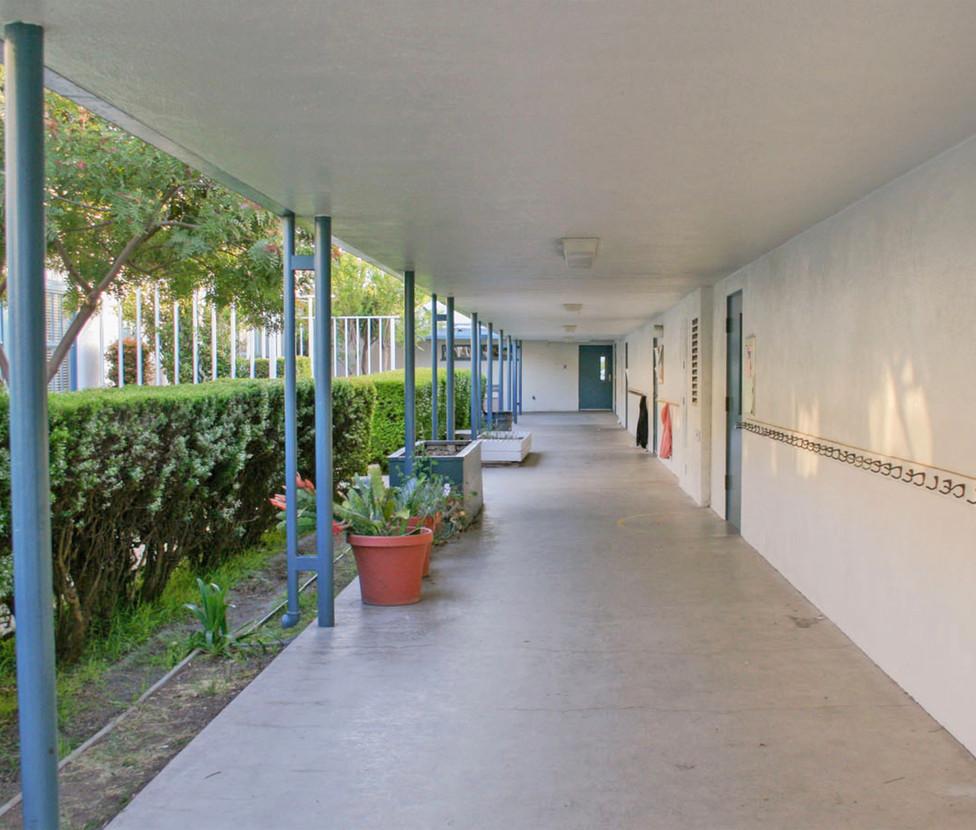 Grant Elementary School Exterior Hallway