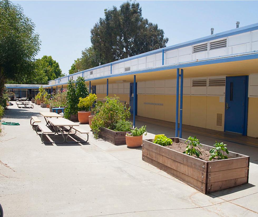 Will Rogers Elementary School Quad
