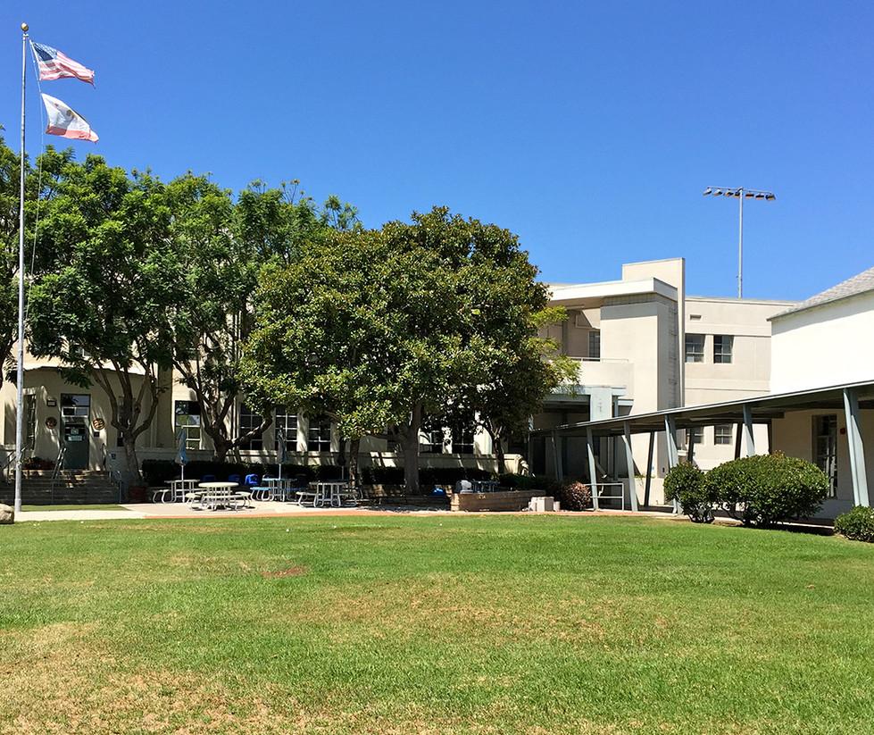 Lincoln Middle School Grass Quad
