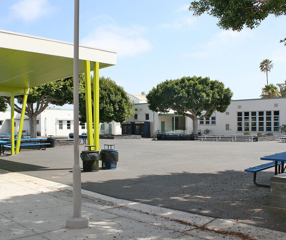 John Adams Middle School Quad with Outdoor Dining Area