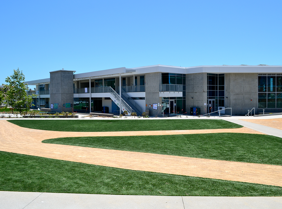 Malibu High Schoo/Middle School Main Quad (North)