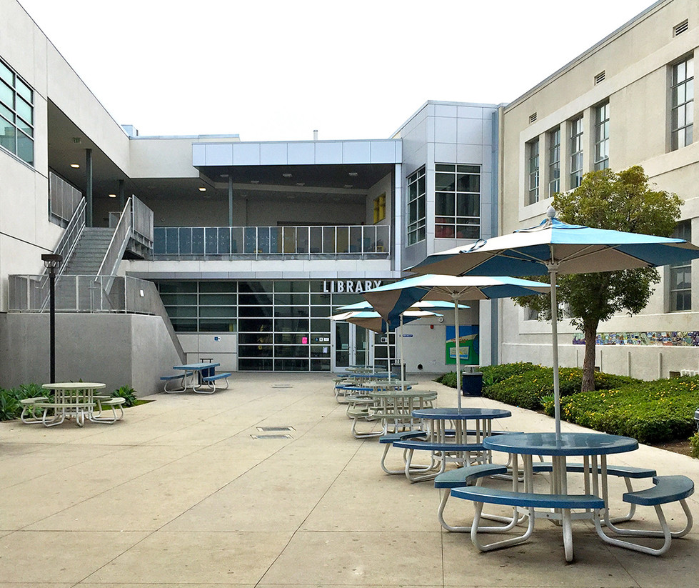 Lincoln Middle School Library Quad