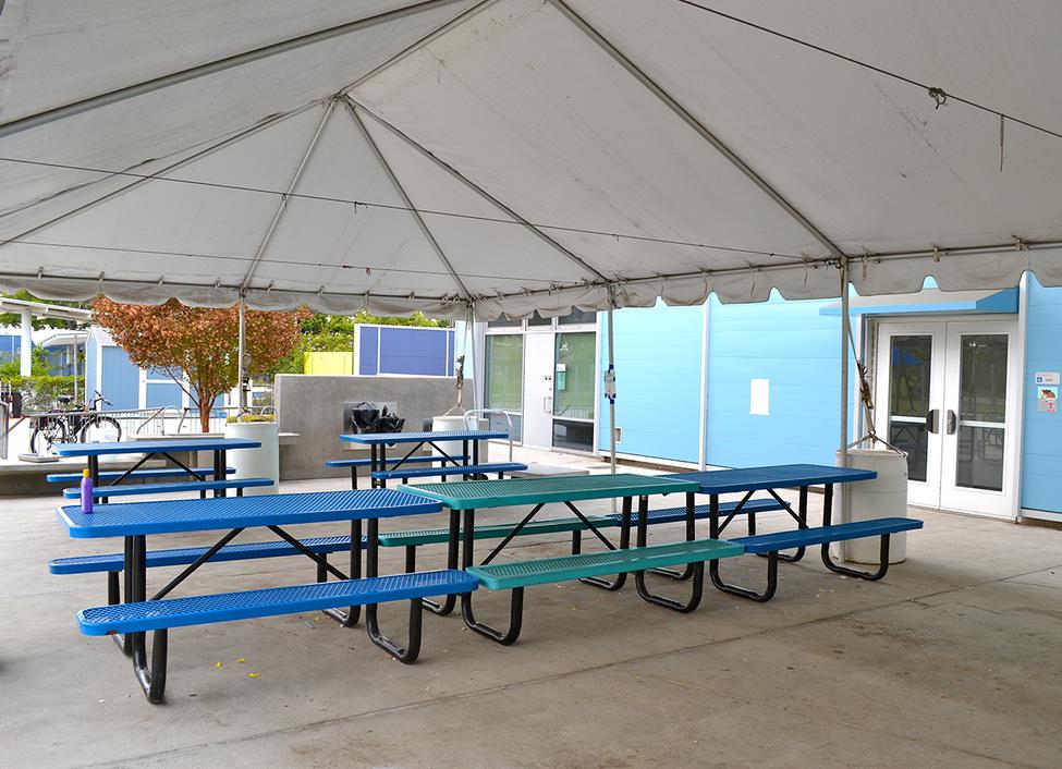 Edison Outdoor Tables