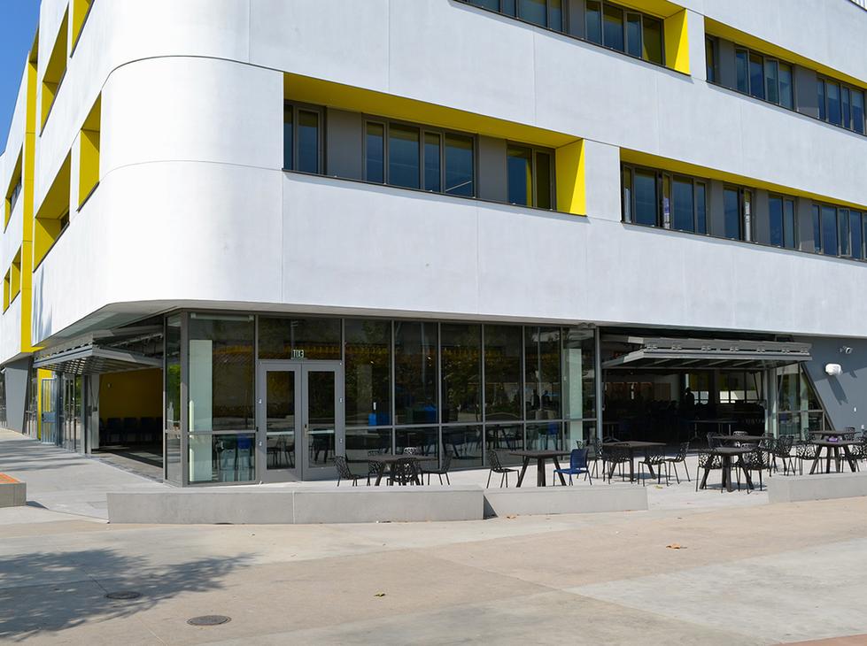 Santa Monica HS Cafeteria Exterior