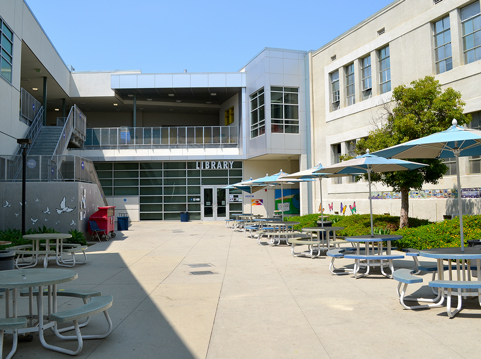 LincolnLibrary Courtyard