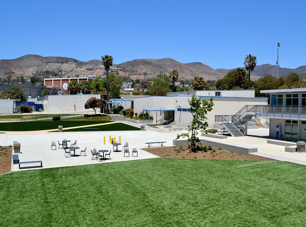 Malibu High Schoo/Middle School Main Quad