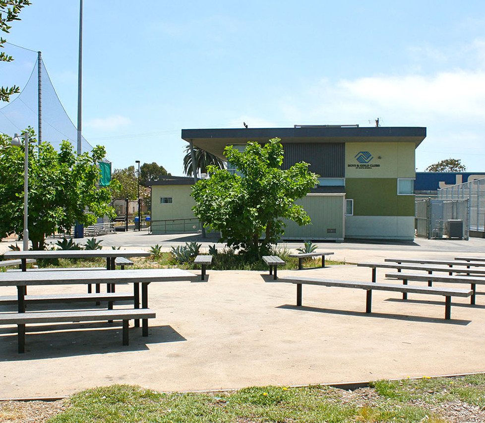 John Adams Middle School Outdoor Lunch Tables
