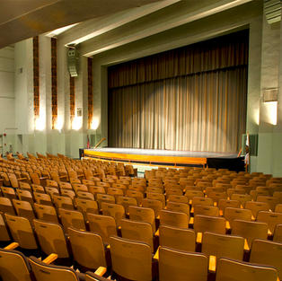 Theaters/Auditoriums