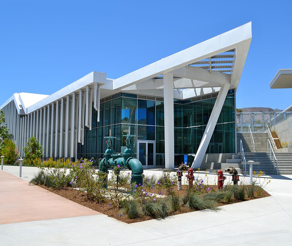 Malibu High School Entrance
