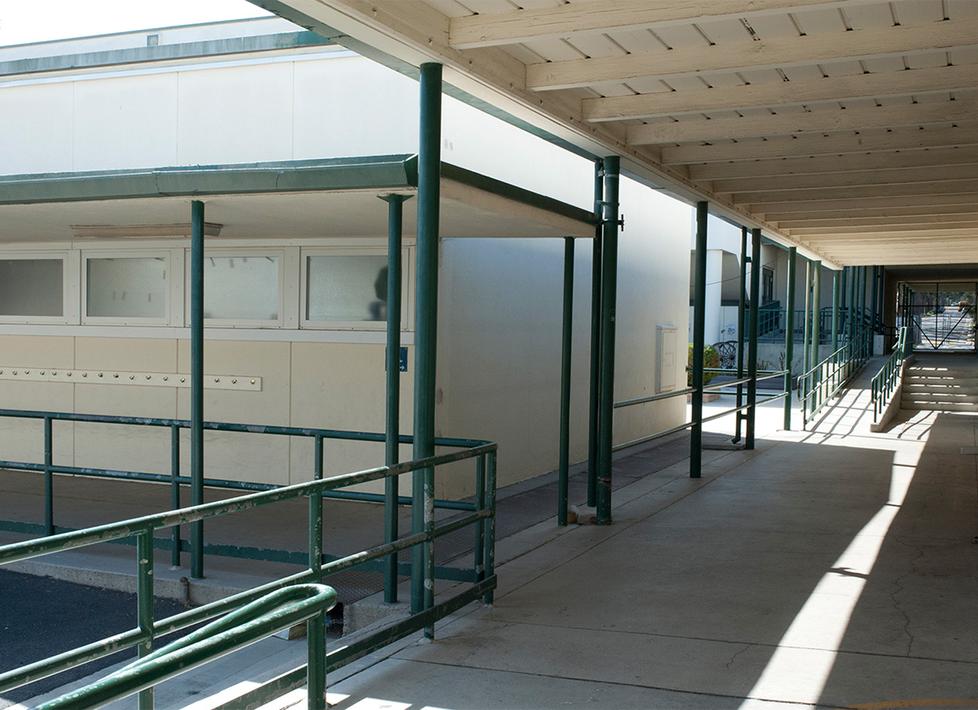Franklin Exterior Hallway