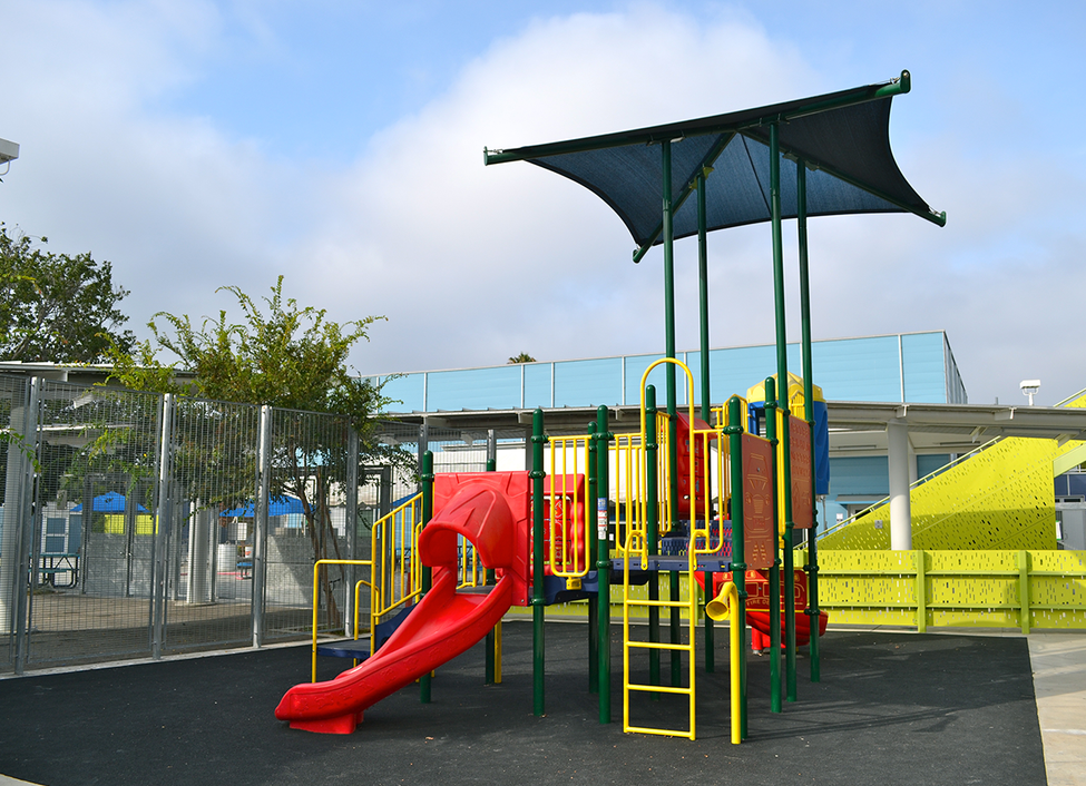 Edison Play Structure