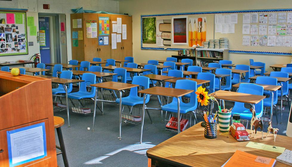 Middle School Standard Classroom