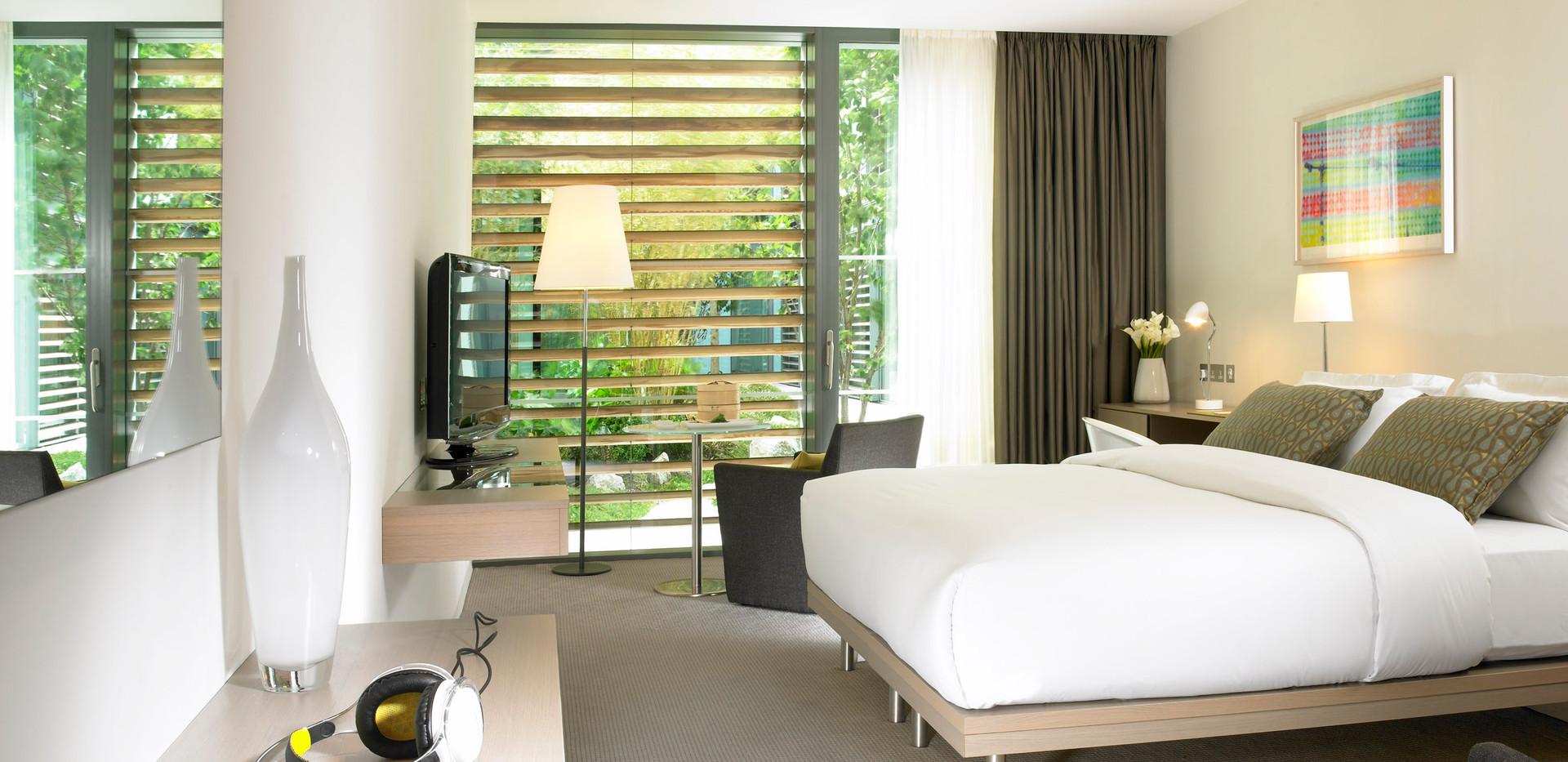 02 Superior Room.jpg