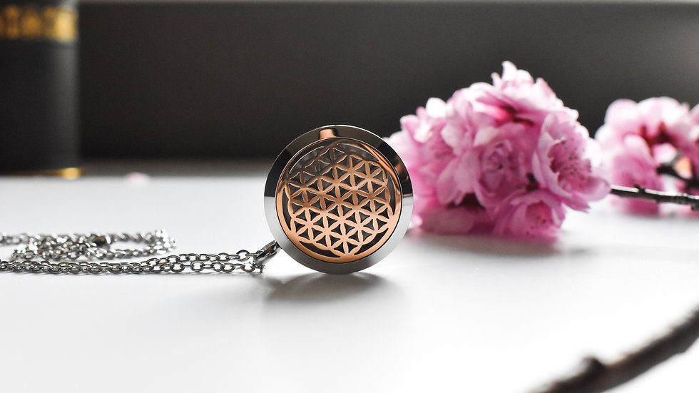 geode 30mm rose gold and stainless steel essential oil diffuser pendant