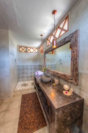 Ganesh bathroom.jpg