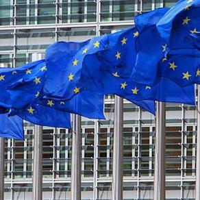 Η ΕΕ χρηματοδοτεί την παραγωγή μπαταριών ιόντων λιθίου