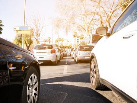 Γοργά προς την ηλεκτροκίνηση οι αυτοκινητοβιομηχανίες