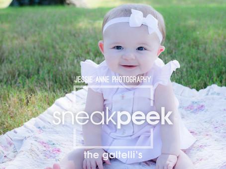 Plenty of Squishes and Kisses! | Memphis Newborn Photographer