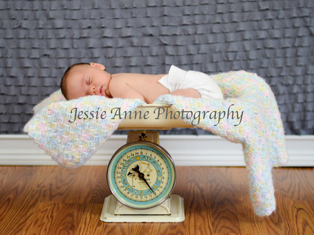 Preparing for your newborn photo session! | Memphis Photographer