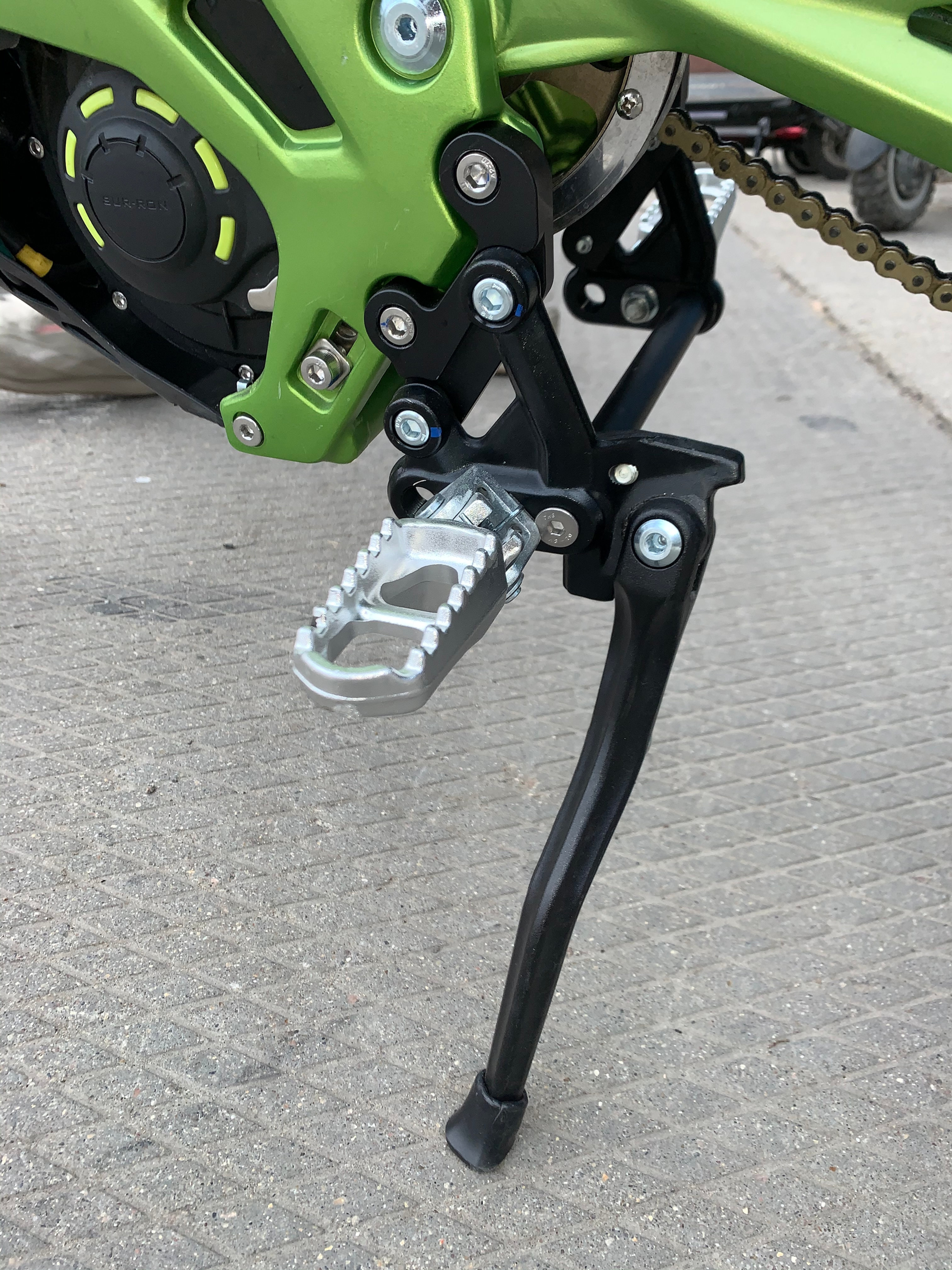 Peg spacers Sur-Ron X Peg extenders Peg lowers