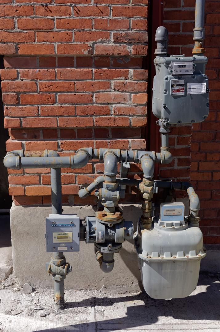 Auntrous mas Brickwork Gas
