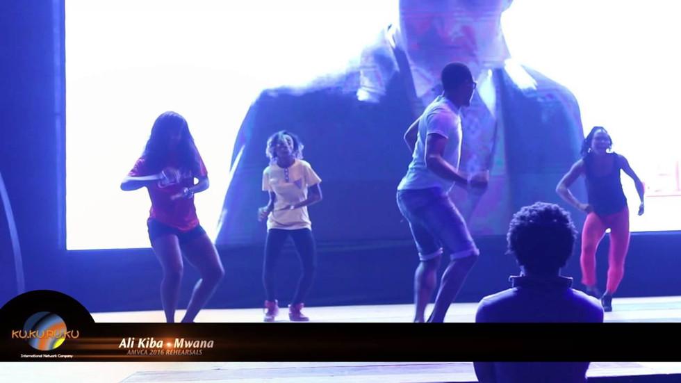 Alikiba dance performance