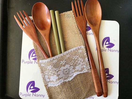 Wooden spoon, fork and straw set in a jute pouch