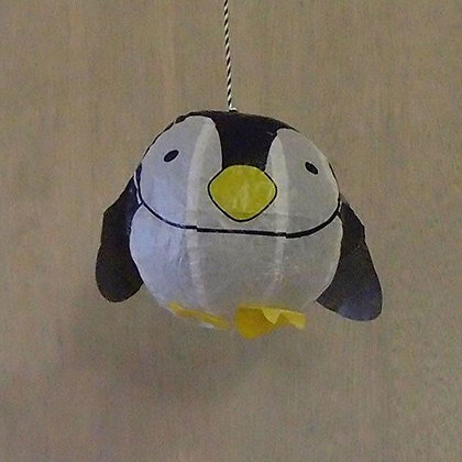 Penguin paper balloon