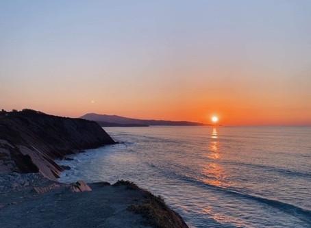 Sunset sur la côte basque