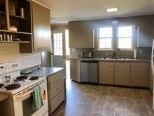 Bridal Suite - Main Floor Kitchen