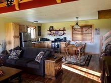 Groom's Cabin - Main Floor