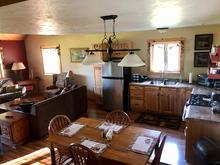Groom's Cabin - Dining Room