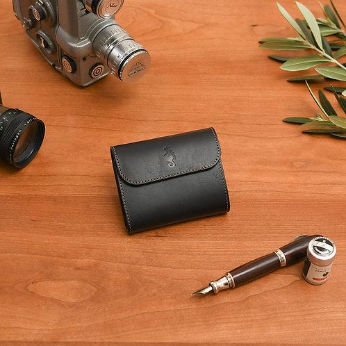 小型三つ折り財布 / Classic Black