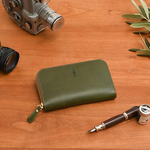ラウンドファスナー財布M / Classic Green