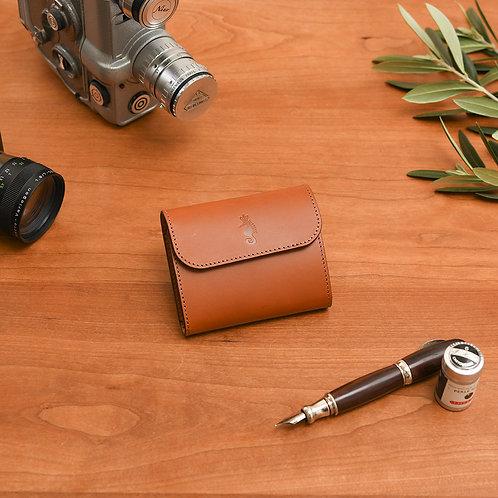 小型三つ折り財布 / Classic Brown