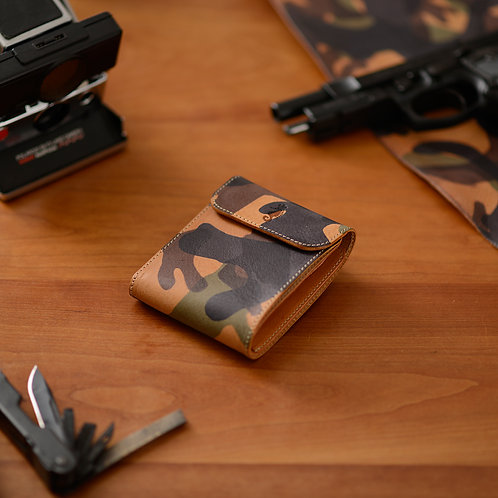 二つ折り財布 / Armate
