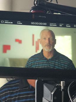 Golf Pro, entertainer, and friend of Moe, Kelly Murray, on camera