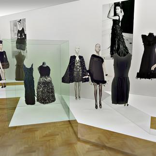 Givenchy-GM_z45_02.jpg