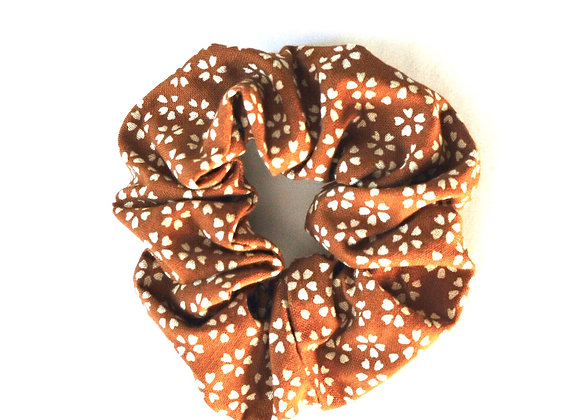 Moutarde Fleuri Scrunchie