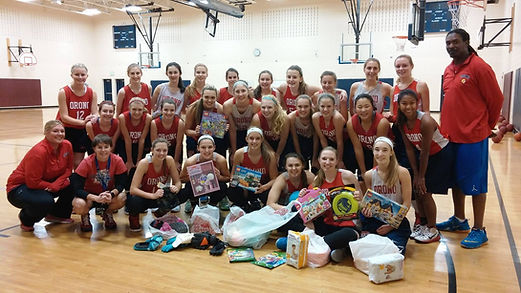 Orono Senior Highschool Girls Basketball Team Holds Drive for WeCAN Donations