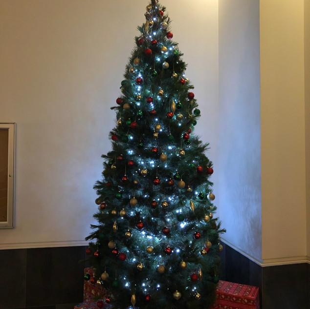 Foyer - Christmas Tree 2018