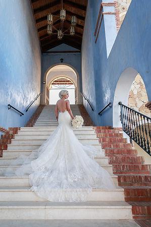 Paris photographer, wedding photograher, wedding dress, Magdalena Martin Photography