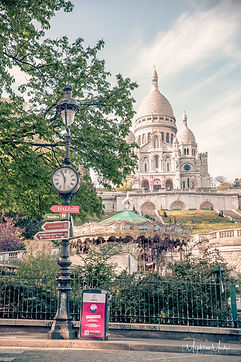 Paris lockdown-1039logo.jpg