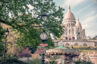 Paris lockdown-1037 logo.jpg