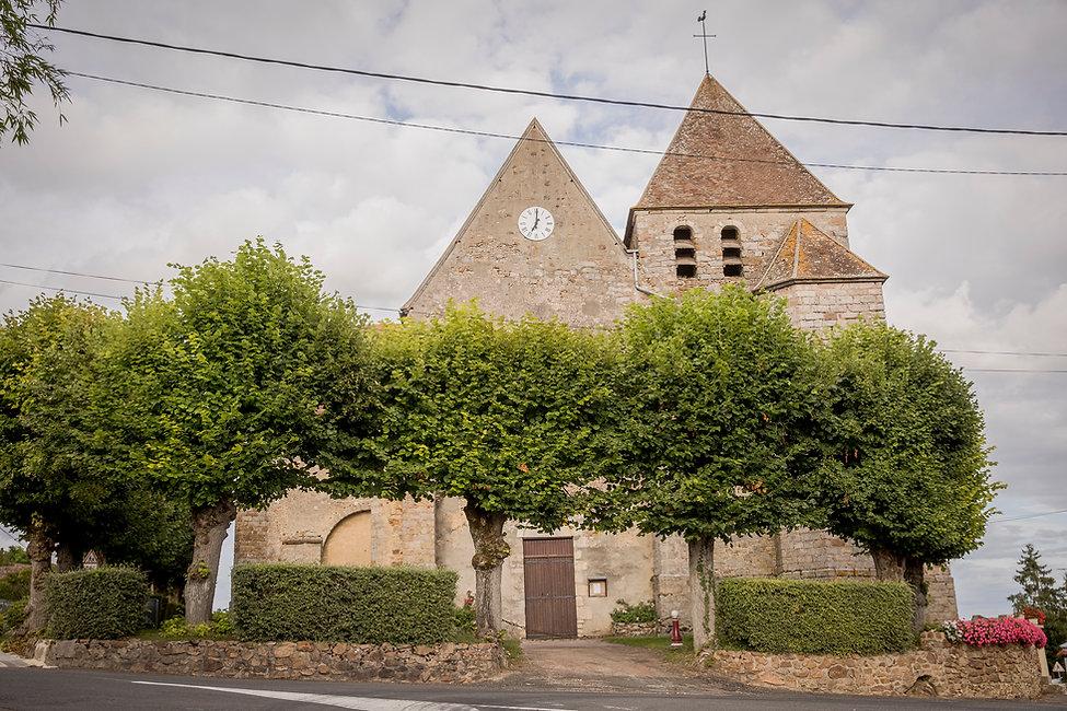 Église Saint-Pierre de Nailly 5282.jpg