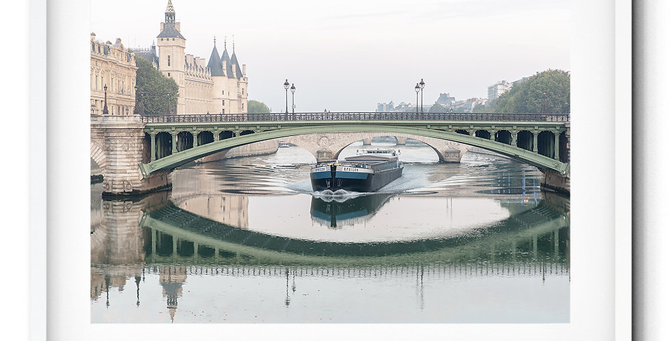 Calm morning at Seine